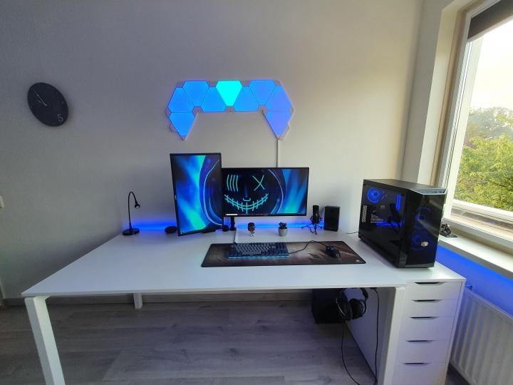 Show_Your_PC_Desk_Part211_49.jpg