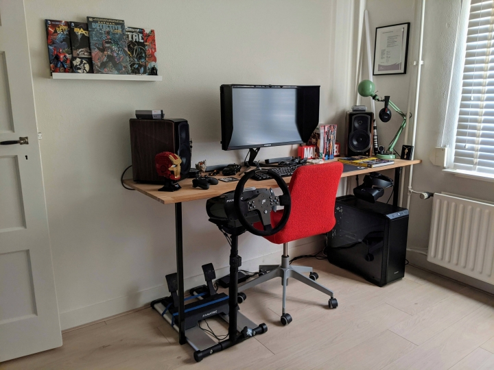 Show_Your_PC_Desk_Part211_50.jpg