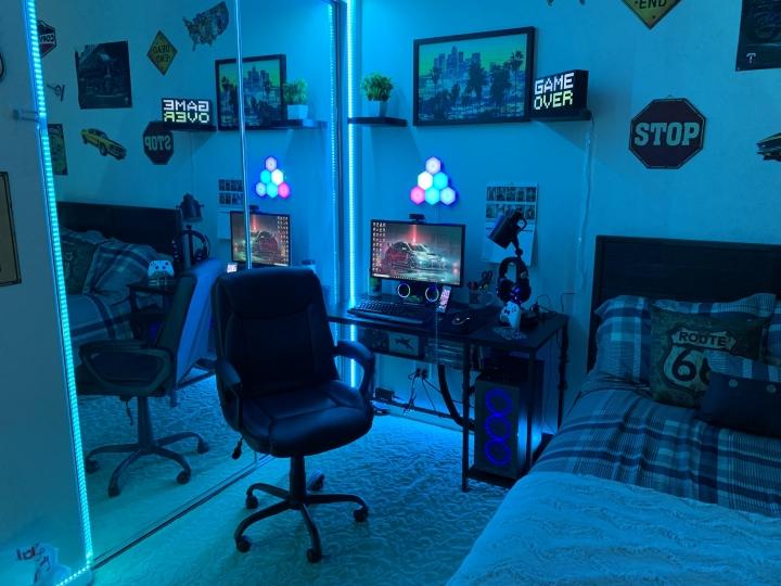 Show_Your_PC_Desk_Part211_58.jpg