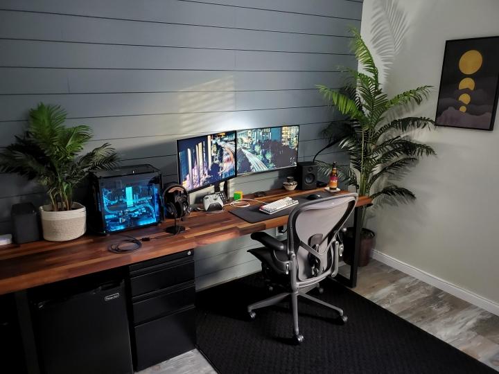 Show_Your_PC_Desk_Part211_60.jpg