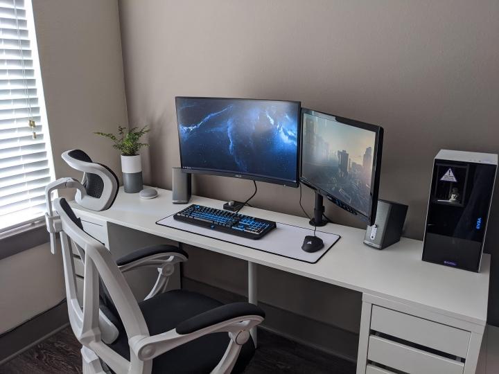 Show_Your_PC_Desk_Part211_63.jpg