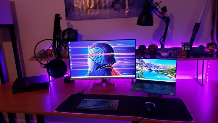 Show_Your_PC_Desk_Part211_68.jpg