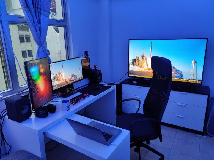 Show_Your_PC_Desk_Part211_74.jpg