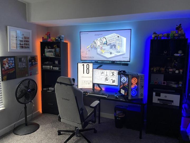 Show_Your_PC_Desk_Part211_83.jpg