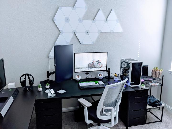 Show_Your_PC_Desk_Part211_85.jpg