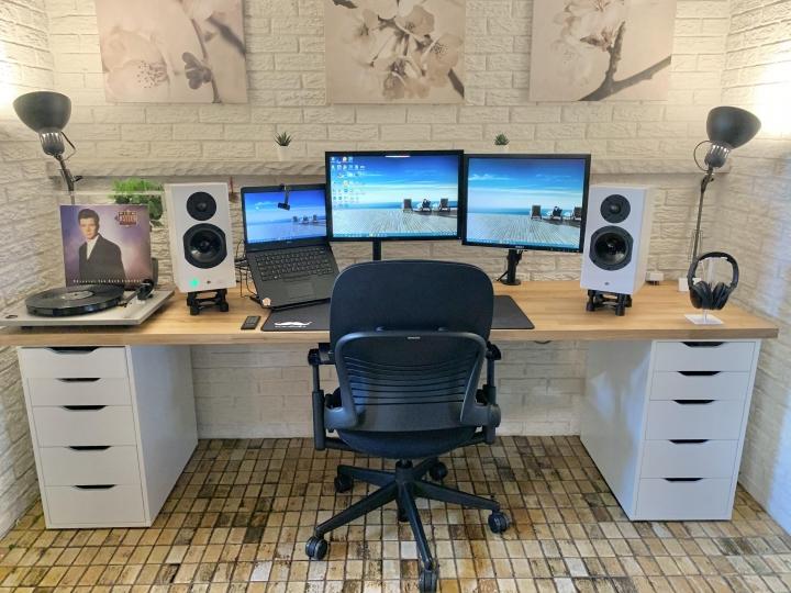 Show_Your_PC_Desk_Part211_90.jpg