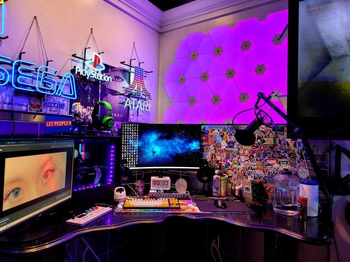 Show_Your_PC_Desk_Part211_94.jpg