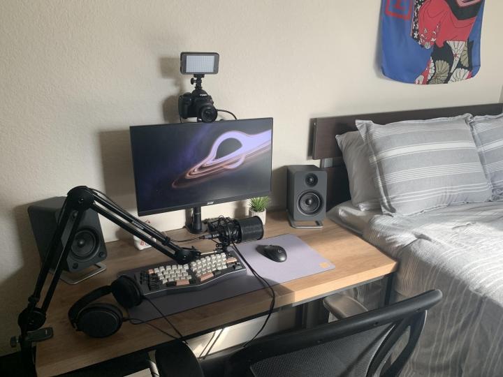 Show_Your_PC_Desk_Part211_99.jpg