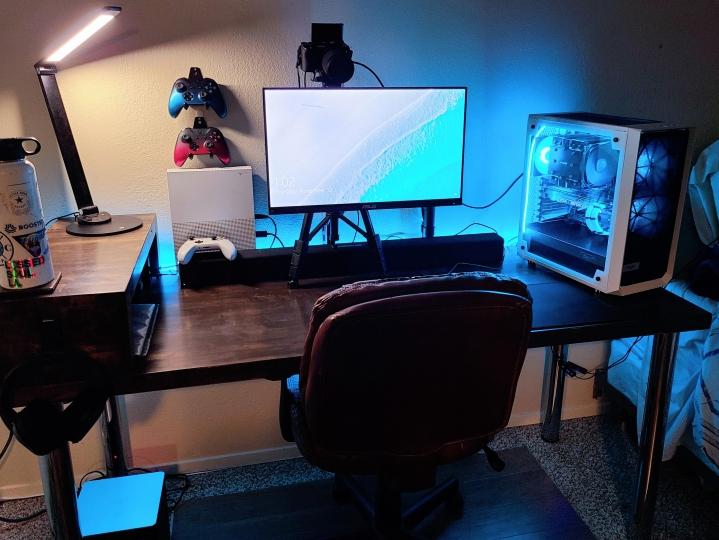Show_Your_PC_Desk_Part212_05.jpg