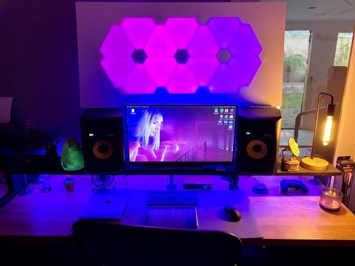 Show_Your_PC_Desk_Part212_07.jpg