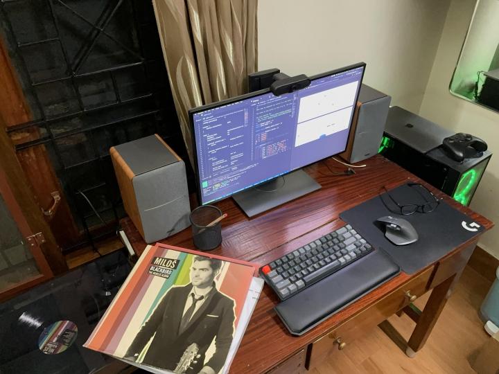 Show_Your_PC_Desk_Part212_31.jpg