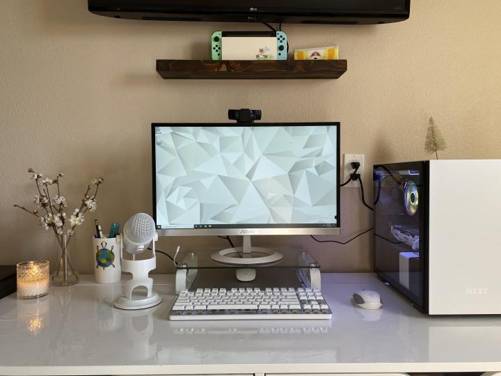 Show_Your_PC_Desk_Part212_43.jpg
