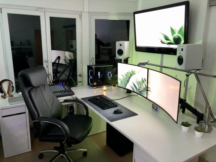Show_Your_PC_Desk_Part212_44.jpg