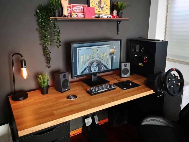 Show_Your_PC_Desk_Part212_50.jpg