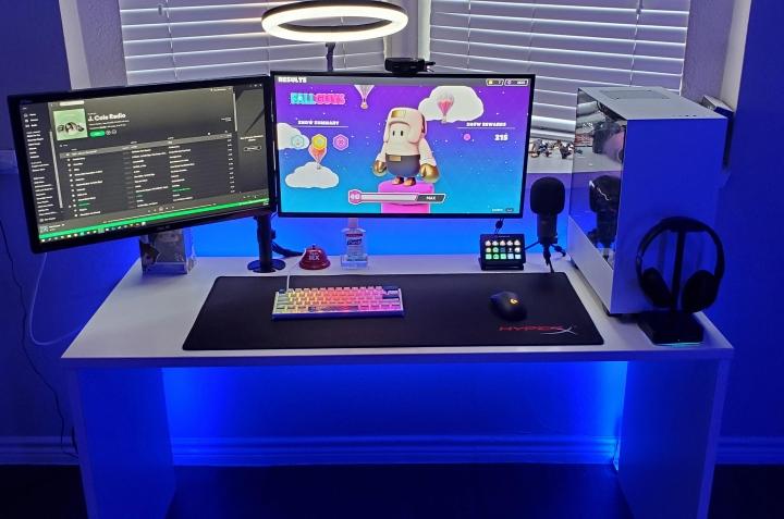 Show_Your_PC_Desk_Part212_62.jpg