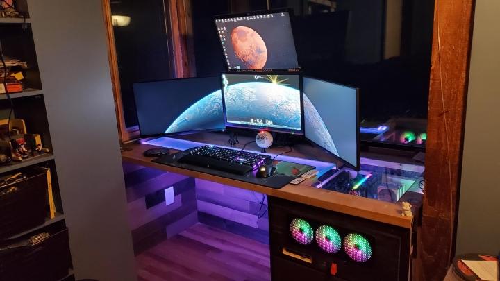 Show_Your_PC_Desk_Part212_67.jpg