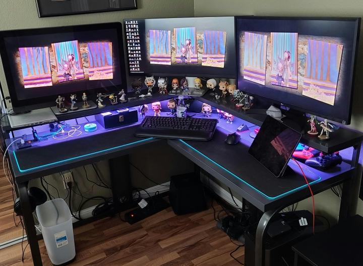 Show_Your_PC_Desk_Part213_13.jpg