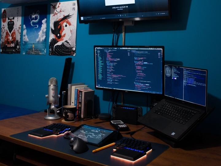 Show_Your_PC_Desk_Part213_23.jpg
