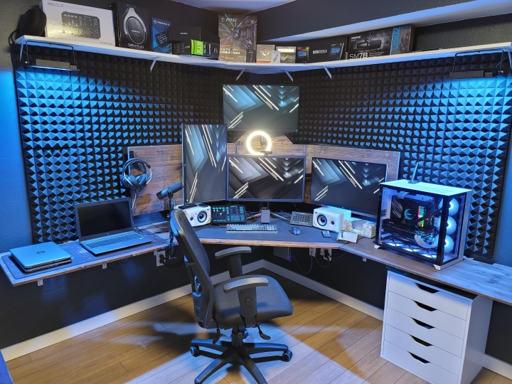 Show_Your_PC_Desk_Part213_42.jpg