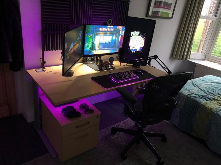 Show_Your_PC_Desk_Part213_87.jpg