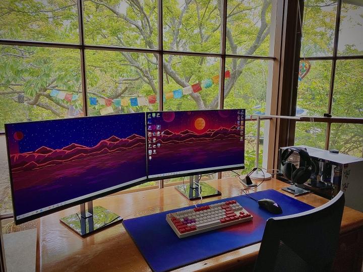 Show_Your_PC_Desk_Part214_07.jpg
