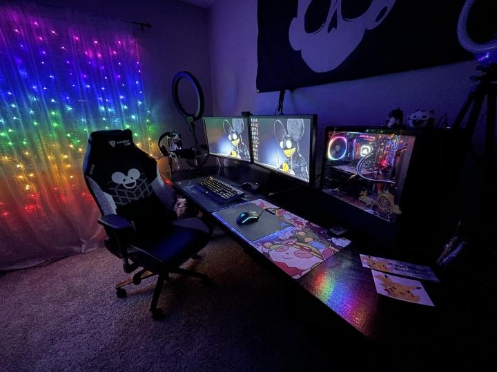 Show_Your_PC_Desk_Part214_31.jpg