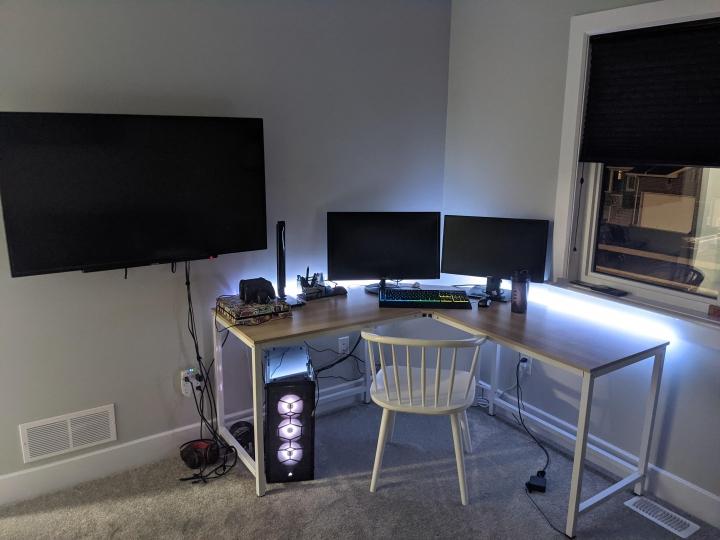Show_Your_PC_Desk_Part214_38.jpg