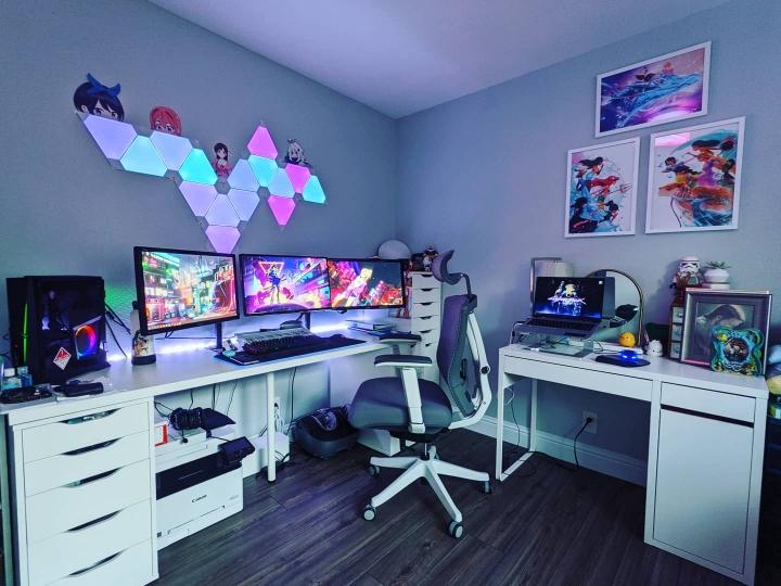 Show_Your_PC_Desk_Part214_41.jpg