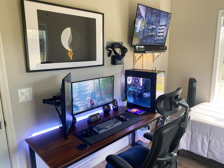 Show_Your_PC_Desk_Part214_44.jpg