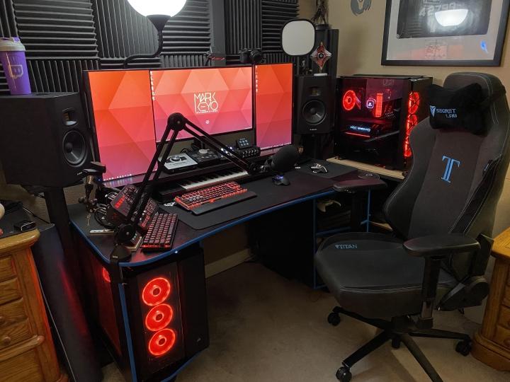 Show_Your_PC_Desk_Part214_53.jpg