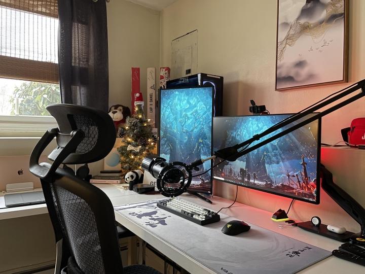 Show_Your_PC_Desk_Part214_77.jpg