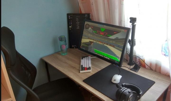 Show_Your_PC_Desk_Part214_79.jpg