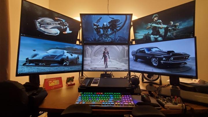 Show_Your_PC_Desk_Part214_82.jpg