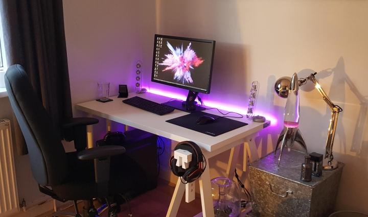 Show_Your_PC_Desk_Part214_93.jpg