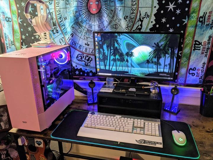 Show_Your_PC_Desk_Part214_94.jpg
