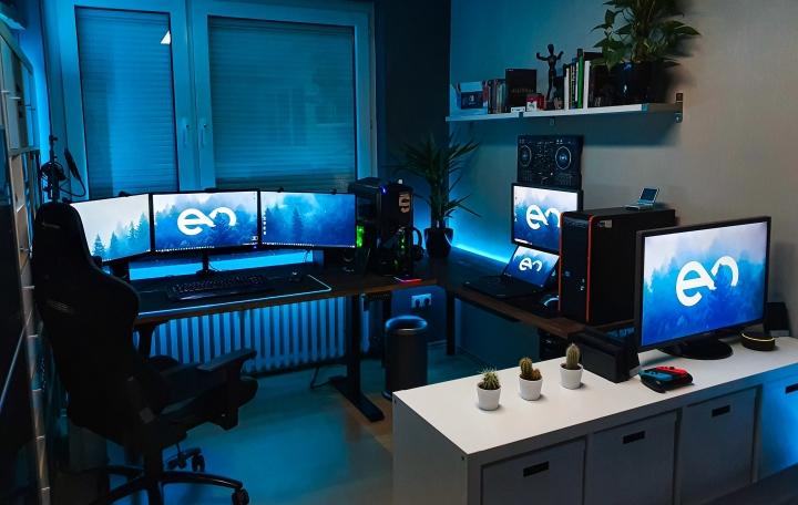 Show_Your_PC_Desk_Part214_96.jpg