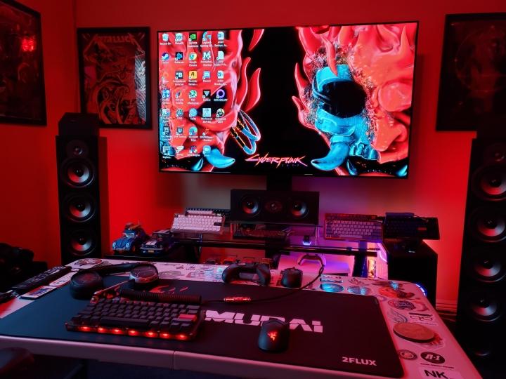 Show_Your_PC_Desk_Part215_15.jpg