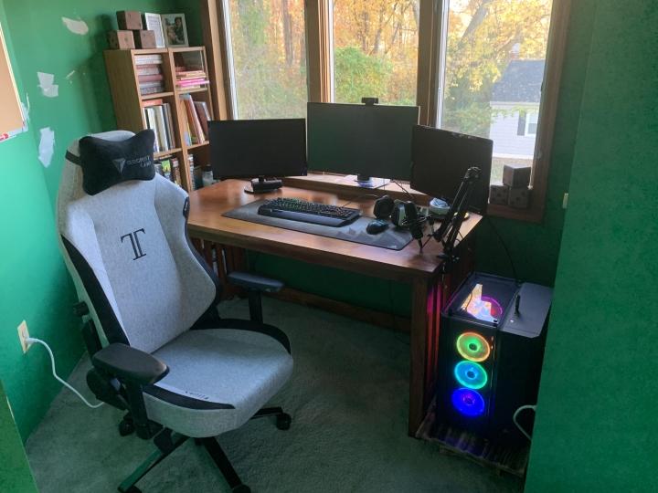 Show_Your_PC_Desk_Part215_17.jpg