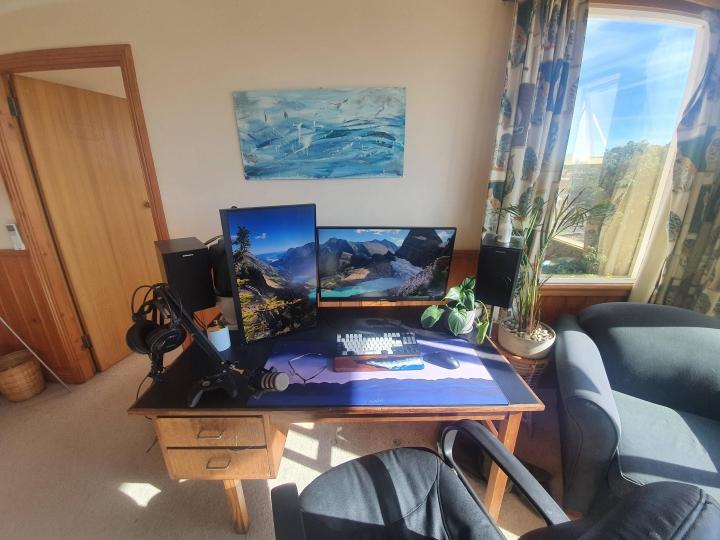 Show_Your_PC_Desk_Part215_18.jpg