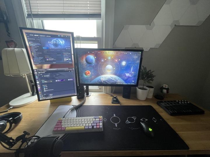 Show_Your_PC_Desk_Part215_20.jpg