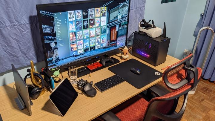 Show_Your_PC_Desk_Part215_21.jpg