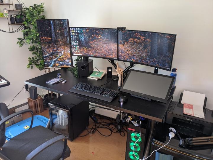 Show_Your_PC_Desk_Part215_22.jpg