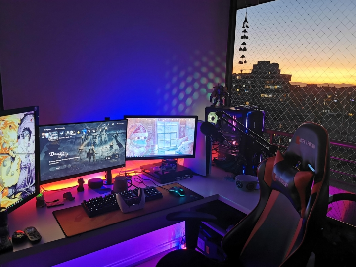 Show_Your_PC_Desk_Part215_27.jpg