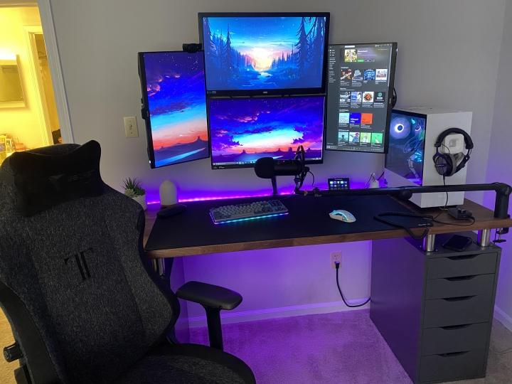 Show_Your_PC_Desk_Part215_37.jpg