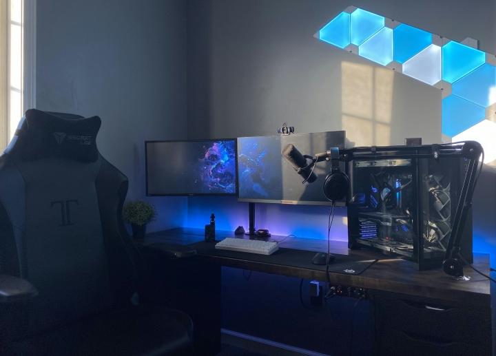 Show_Your_PC_Desk_Part215_43.jpg