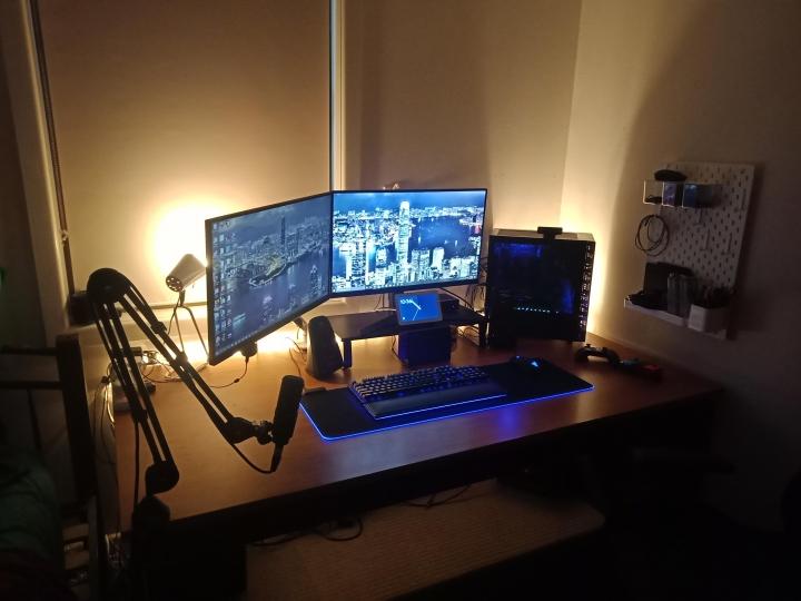 Show_Your_PC_Desk_Part215_44.jpg