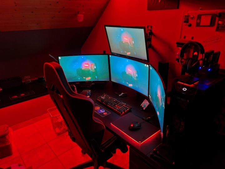 Show_Your_PC_Desk_Part215_91.jpg