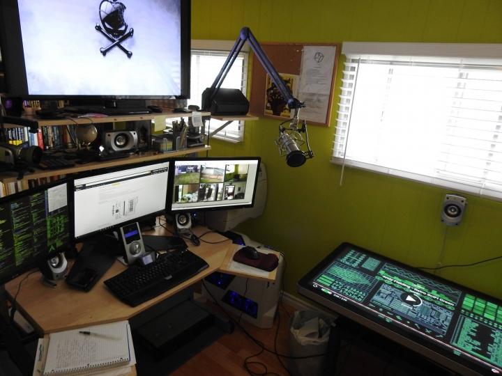 Show_Your_PC_Desk_Part215_94.jpg