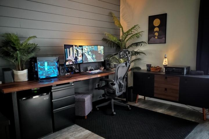 Show_Your_PC_Desk_Part216_01.jpg