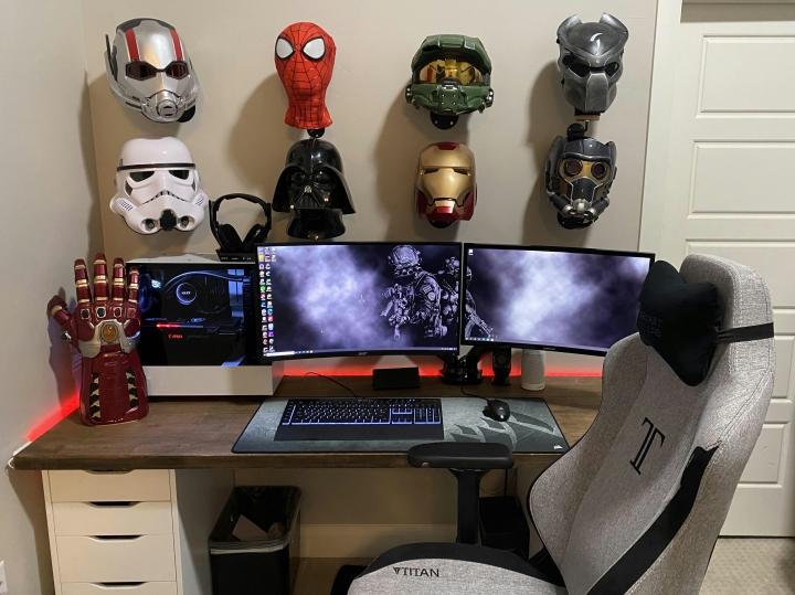 Show_Your_PC_Desk_Part216_100.jpg